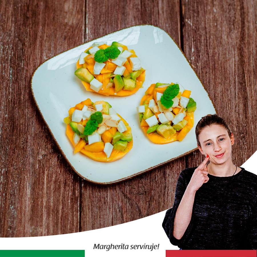 Tatarák s avokádem, mozzarellou, mangem a citrusovou zálivkou