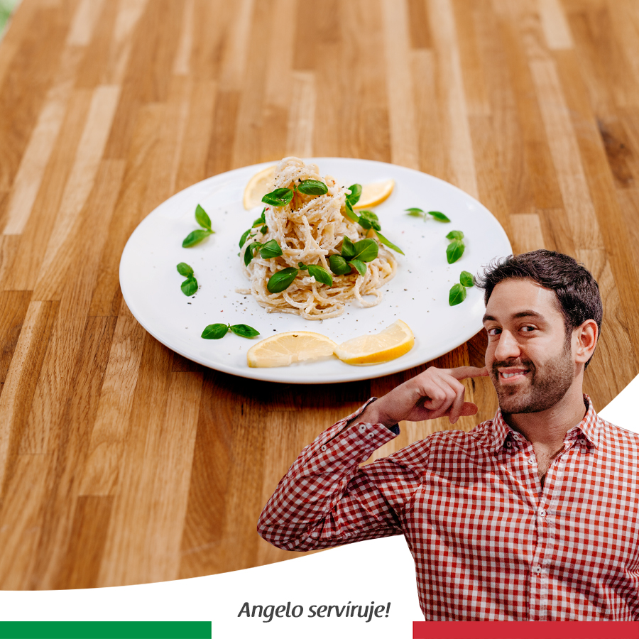Špagety s ricottou, citronem a černým pepřem